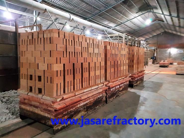 Pabrik Bata Api SK-34 Indonesia